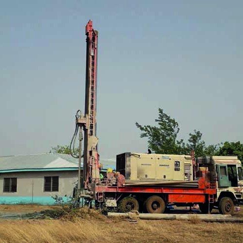 Brunnenbau an der Schule in Ghana